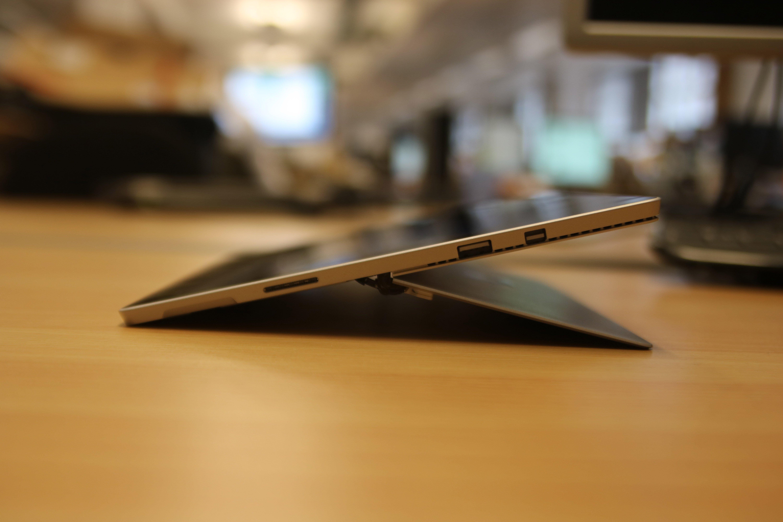 Microsoft Surface Pro Ports
