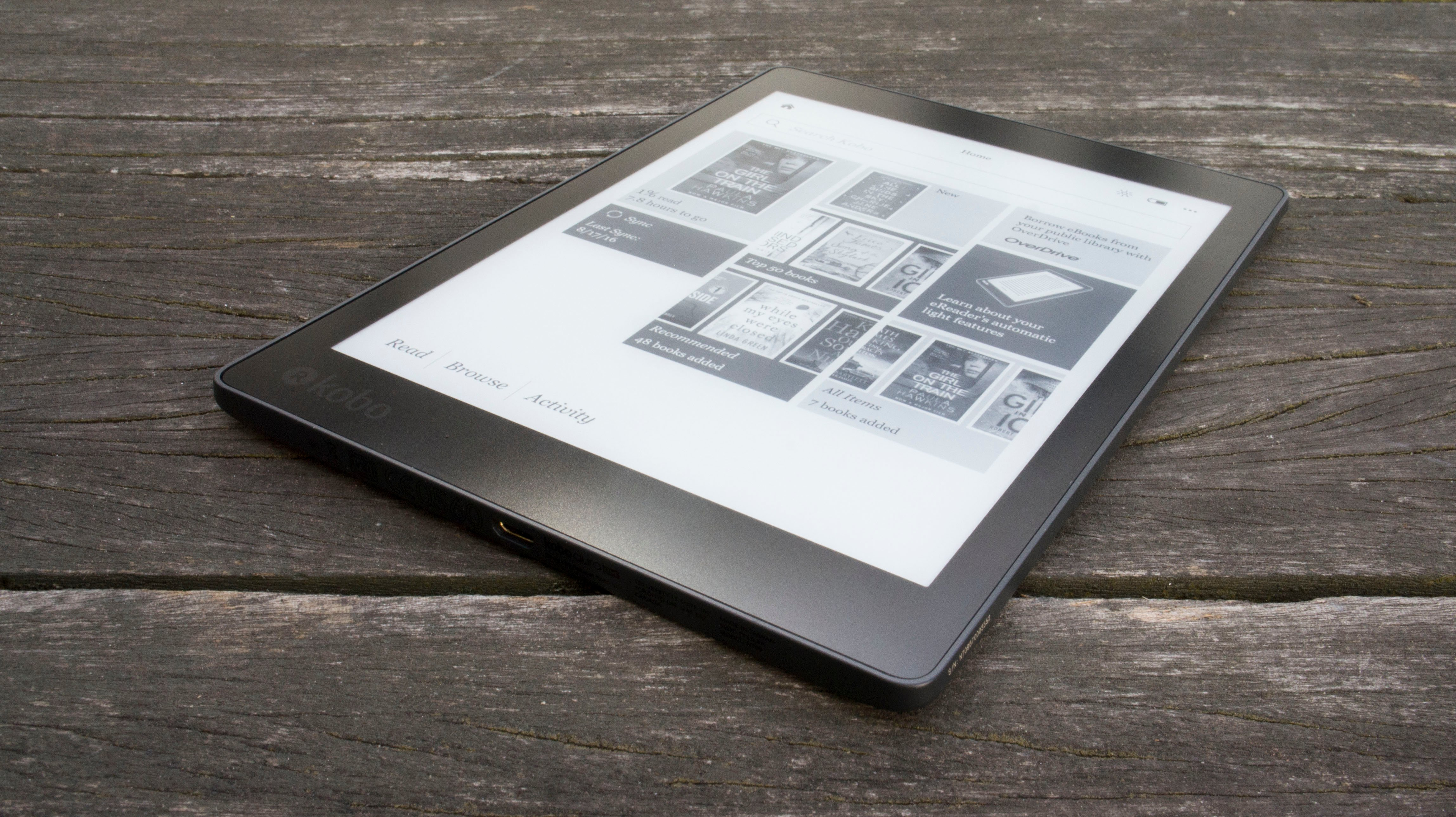Kobo Aura One Is a Big Waterproof E-Reader
