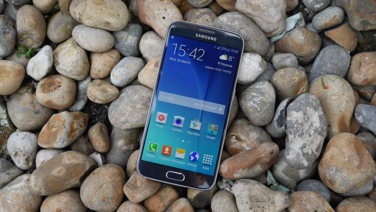 samsung galaxy s6 review probably not worth buying in expert reviews