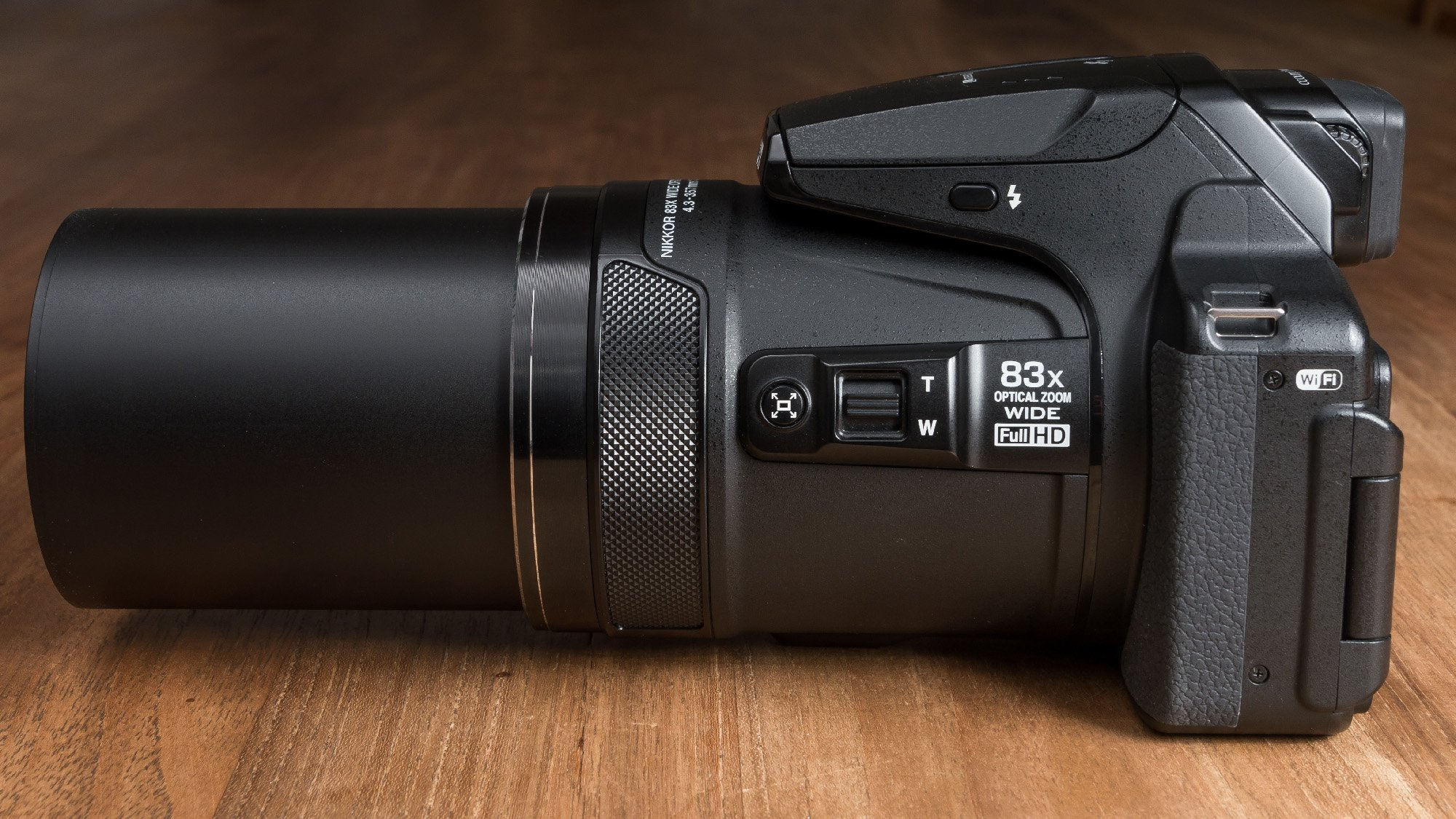 Nikon Coolpix P900 review: The camera that's all zoom ...