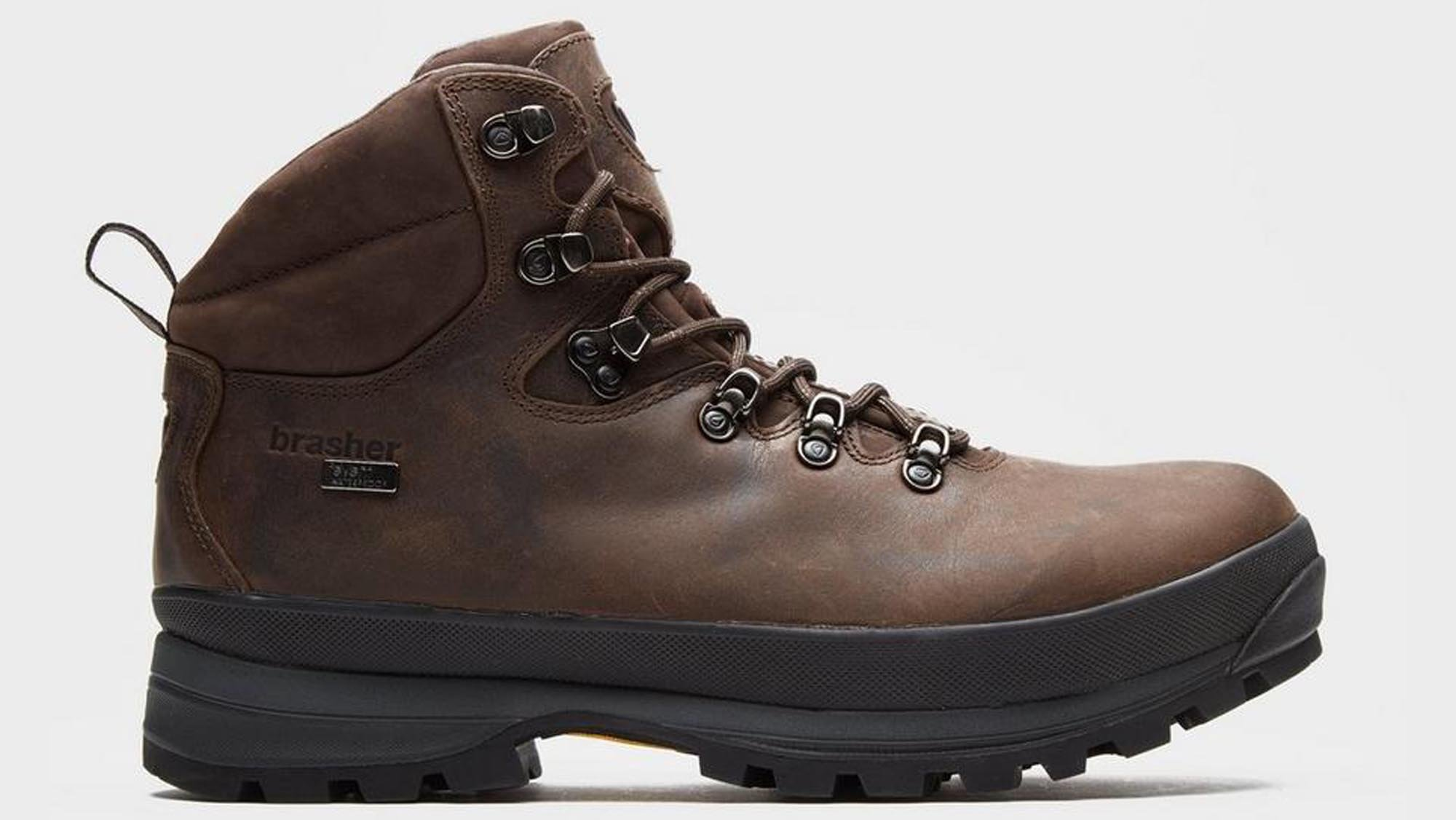 A classic, and for a good reason. Brasher's Country Master has the kind of  looks that might spring to mind when you hear the words 'hiking boot' –  it's a ...
