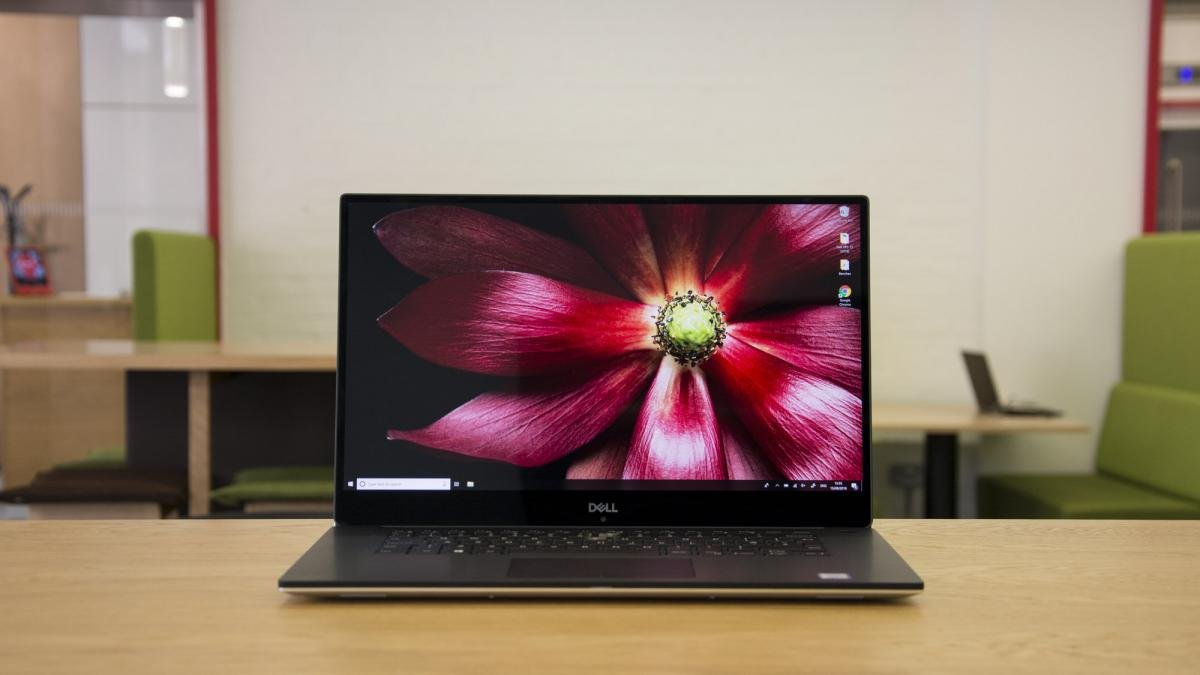 Dells Recently Refreshed XPS 15 May Be One Of The Most Expensive Laptops On This List But Make No Mistake Is New Laptop King