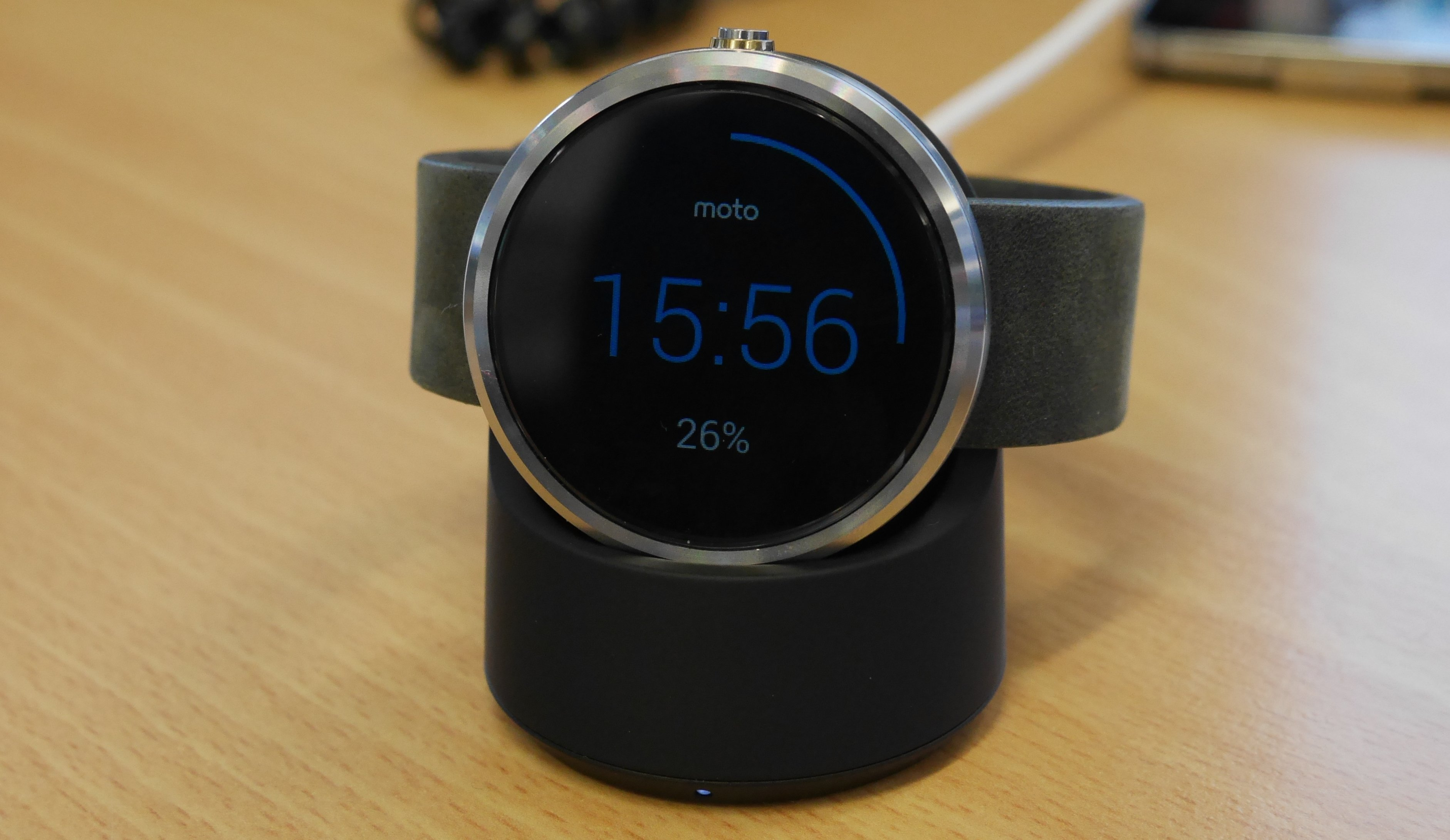 moto android watch. moto 360 hardware android watch
