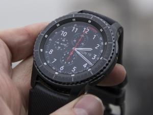 Best smartwatch 2017 UK: Samsung Gear S3