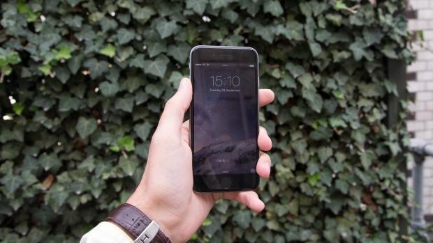 iPhone 6 hero shot