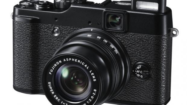 Fujifilm X10