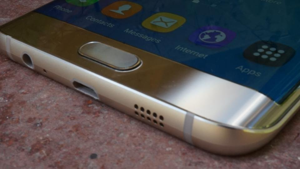 Samsung Galaxy S6 Edge+ curved edges
