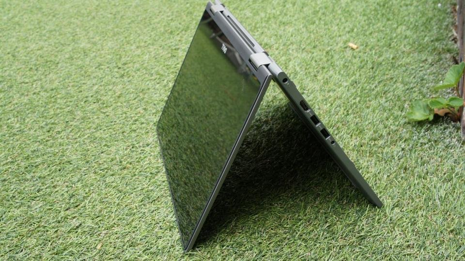 Dell Inspiron 13 5000 flipped