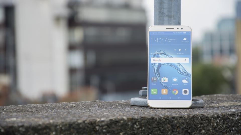 Huawei Nova Plus main alt