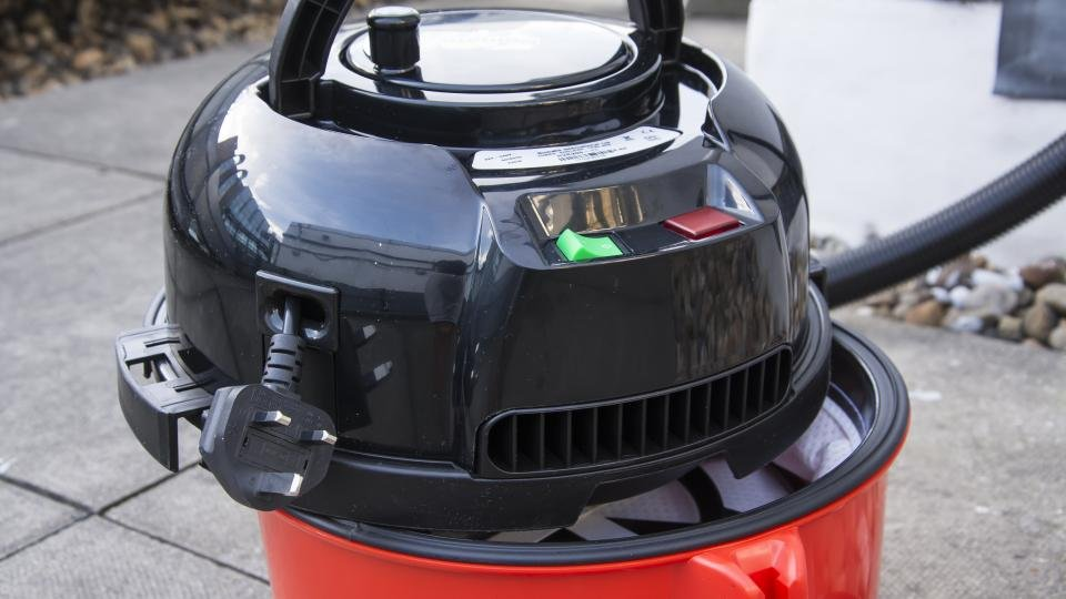 Henry Hoover Review The Best British Vacuum Cleaner Ever