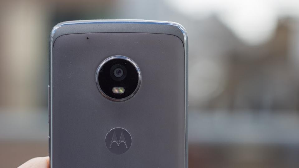 Resultado de imagem para Moto G5 Plus vs Moto G5S Plus