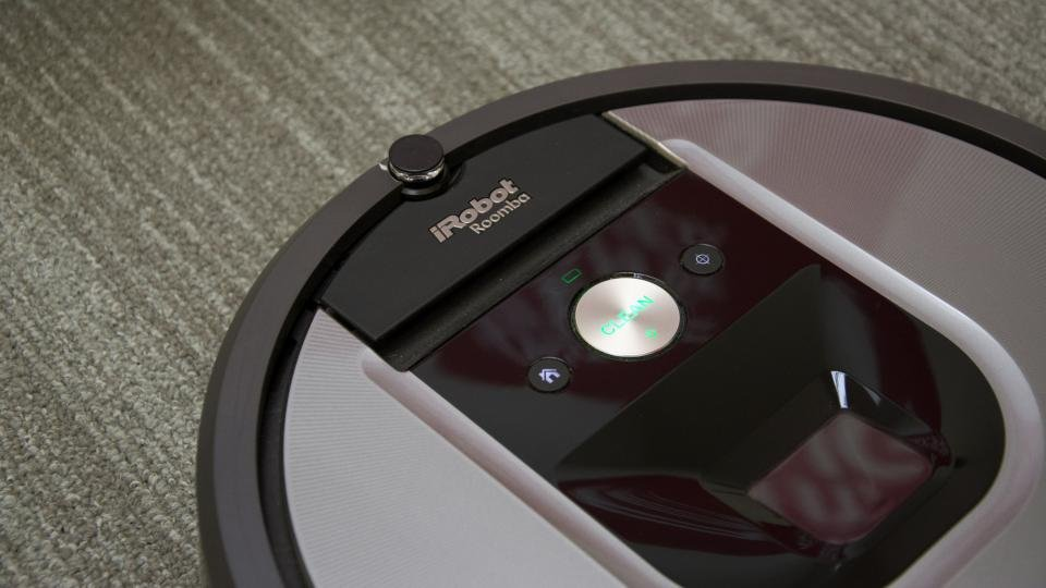 iRobot Roomba 960 and 966 review: A high-end robot vacuum at a ...