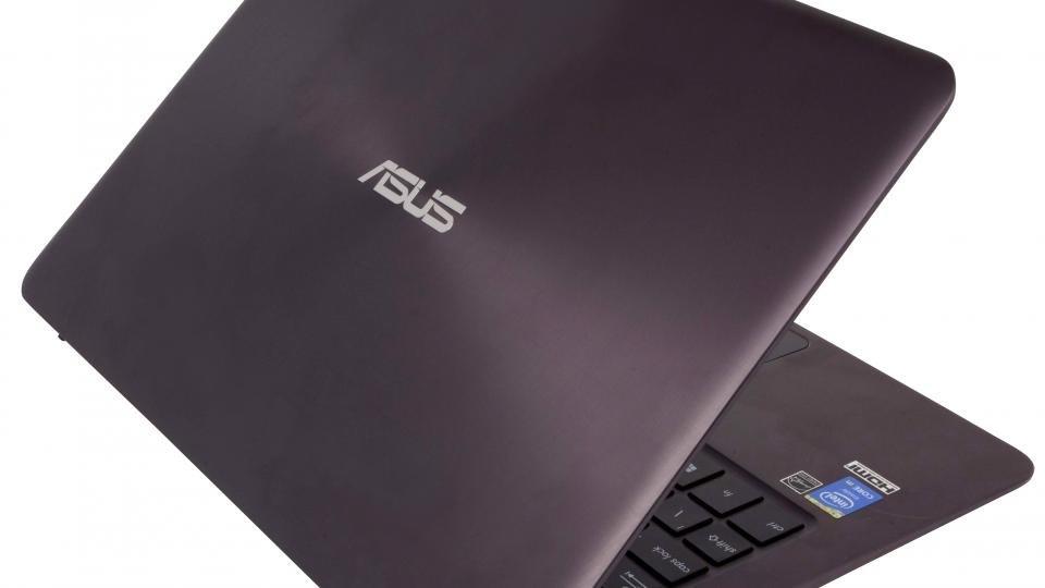 Asus ZenBook UX305 lid