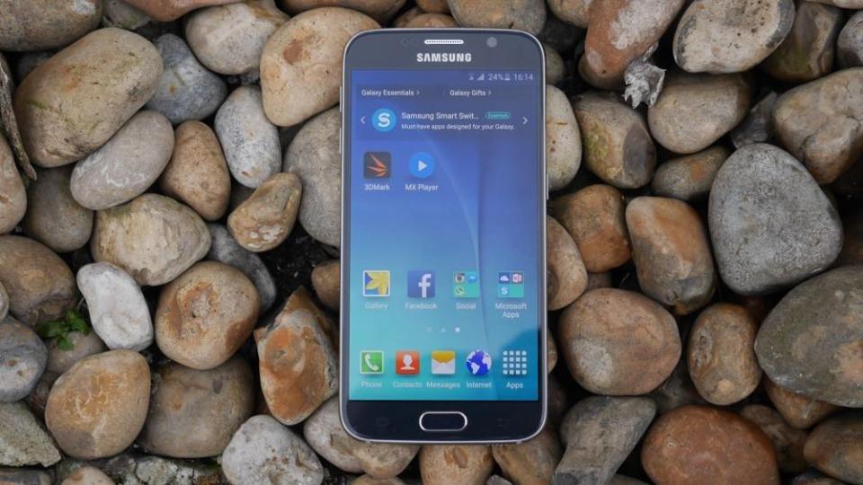 Samsung Galaxy S6 OLED display