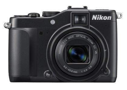 Nikon Coolpix P7000 front