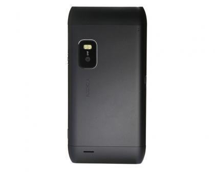Nokia E7 rear