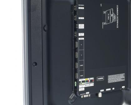 Samsung UE40D6530 Ports
