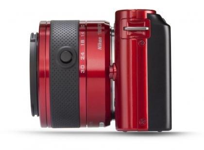Nikon 1 J1 side