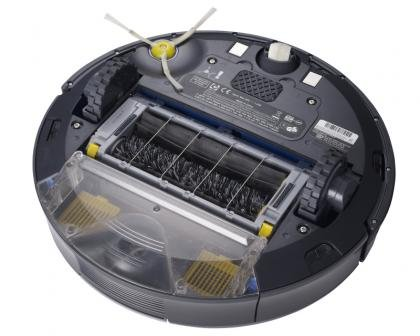 iRobot Roomba 780 underneath