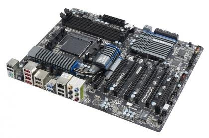 Gigabyte 990FXA-UD5