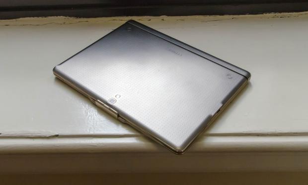 Samsung Galaxy Tab S keyboard case closed