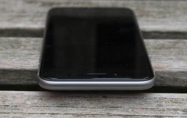 iPhone 6 top
