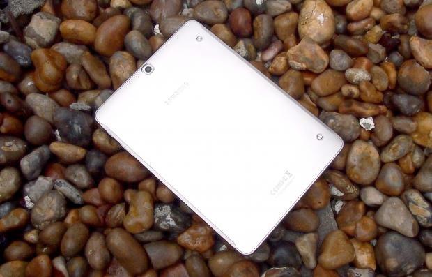 Samsung Galaxy Tab S2 rear