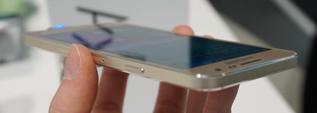 Samsung Galaxy A3 side on