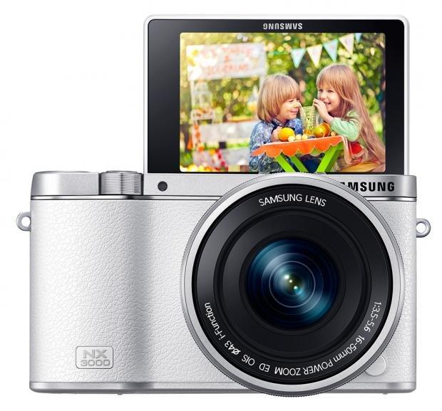 Samsung NX3000 selfie