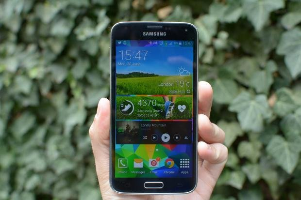 Samsung Galaxy S5 home screen 2