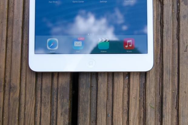 iPad Mini with Retina Display home button