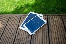 iPad Air and iPad Mini with Retina Display stacked