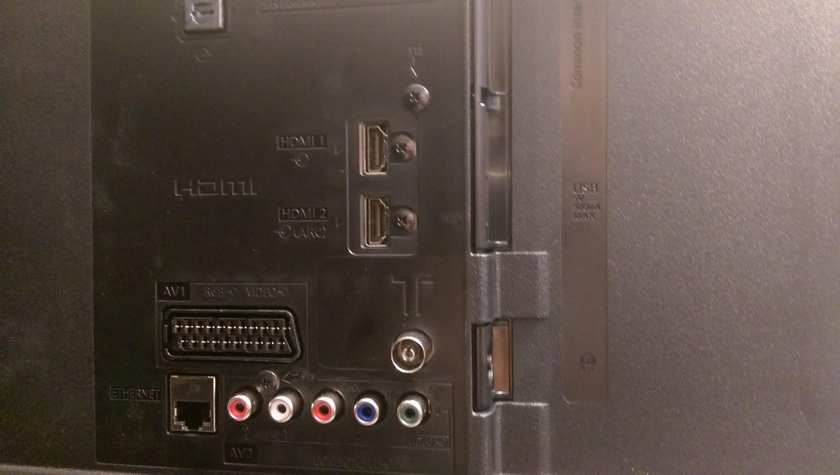 Panasonic Viera TX-55CS520B - Audio, Smart TV and Ports   2   Expert