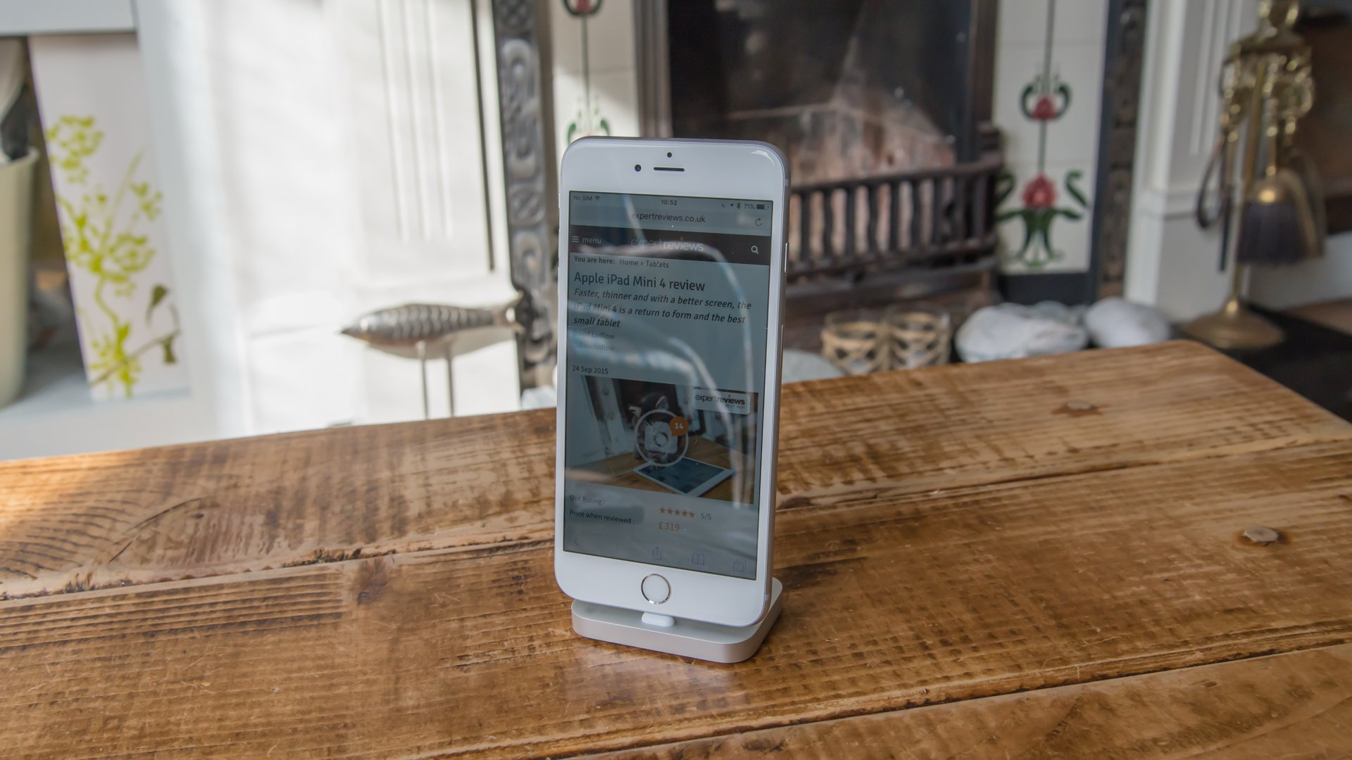 apple iphone 6s plus review the last large sized iphone. Black Bedroom Furniture Sets. Home Design Ideas