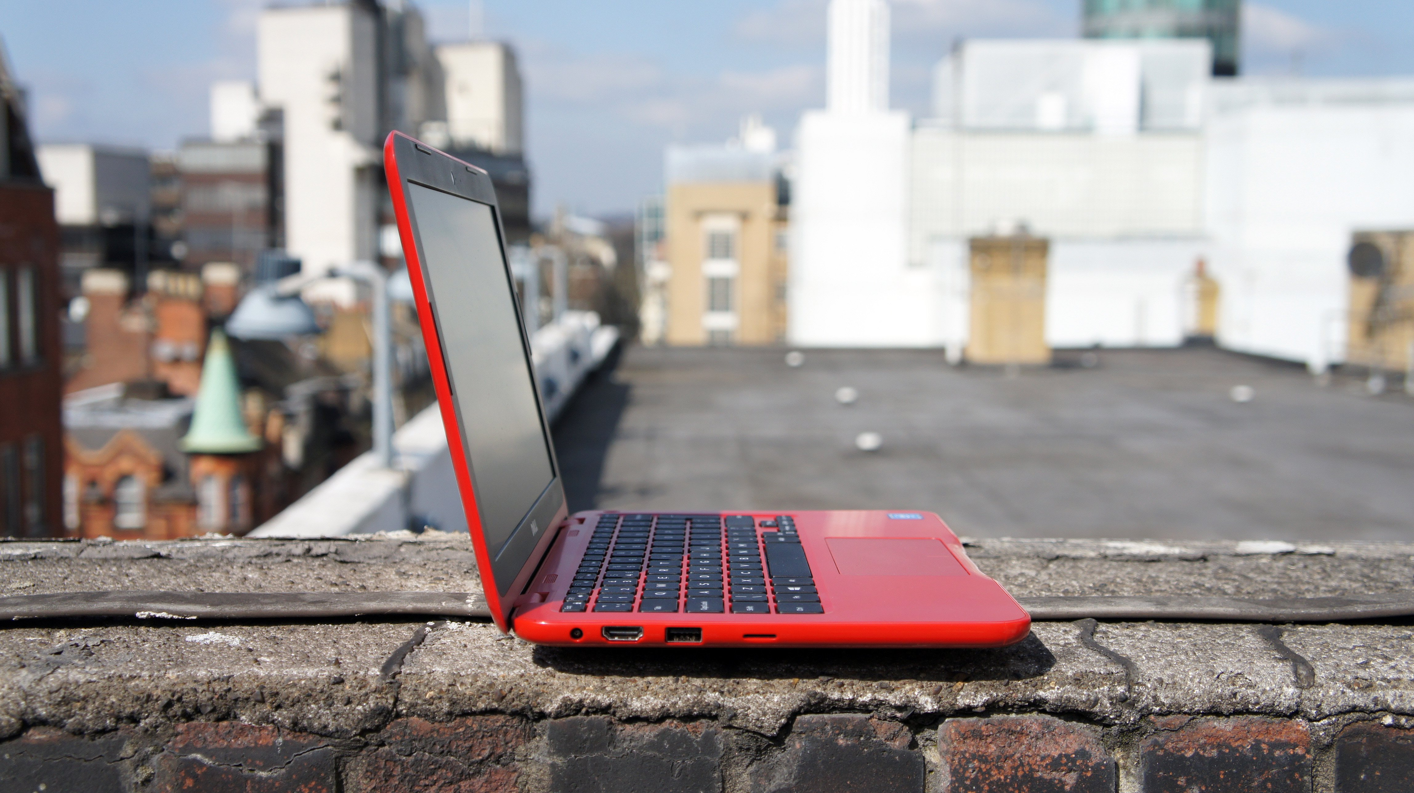 Dell Inspiron 11 3000 Series review - fun, budget Windows