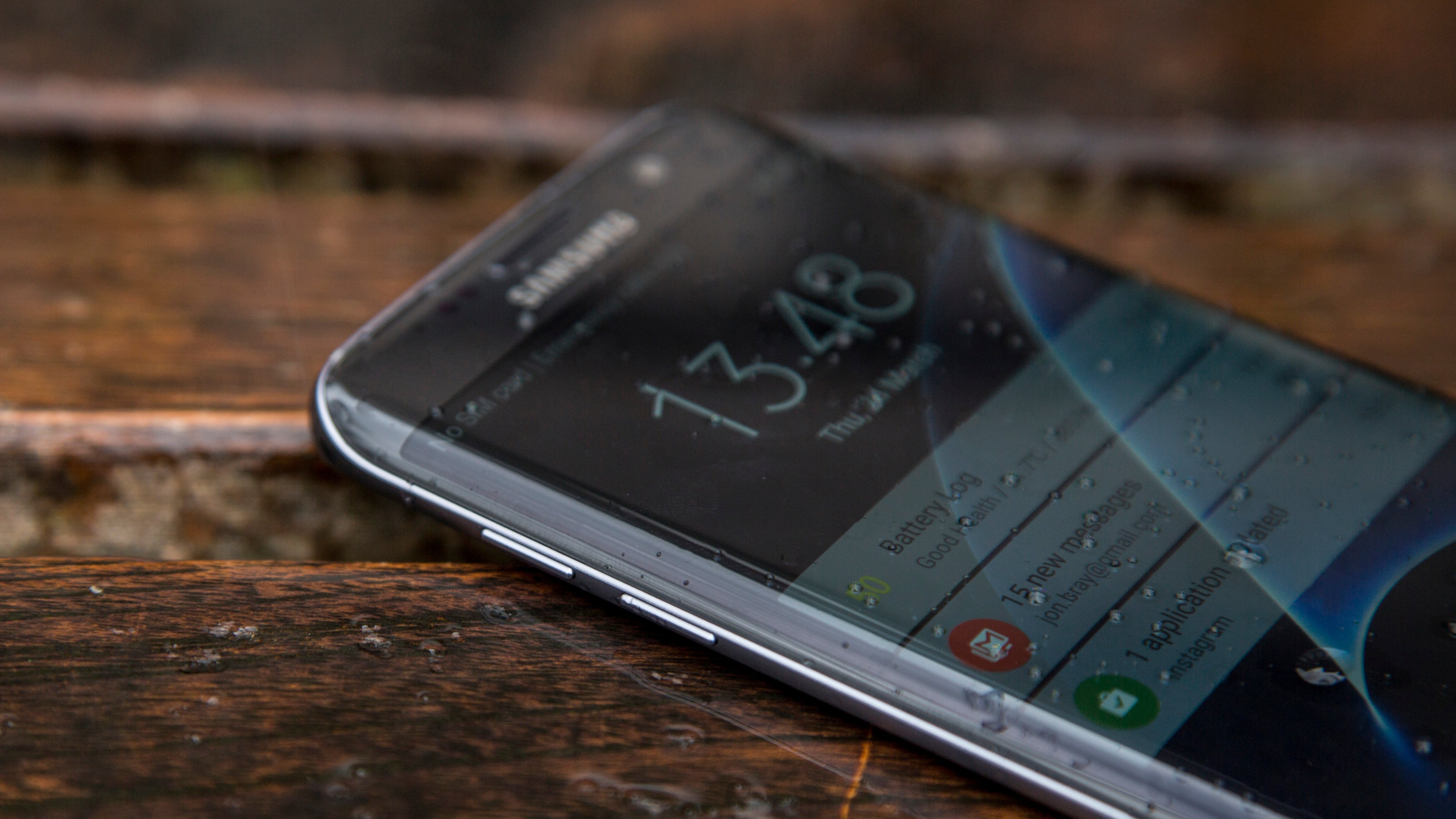 Samsung Galaxy S7 Edge review: Now only £355 and with