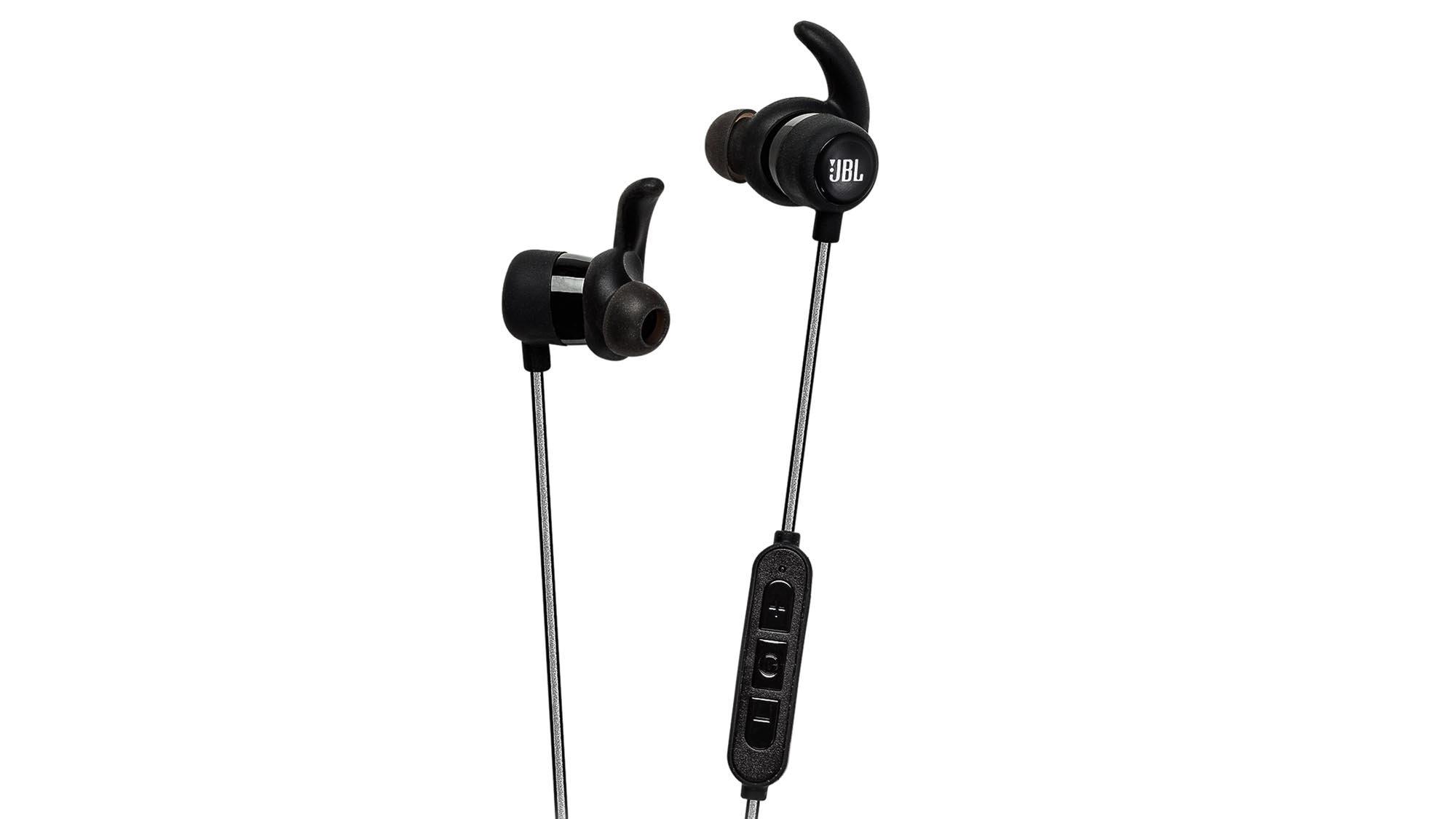 JBL Reflect Mini BT review  Super sporty in-ear  phones  e49a7e34bc