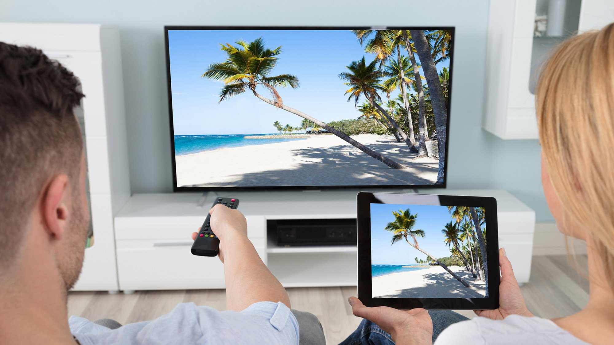 Connect Tablet To Tv >> How To Screen Mirror A Phone Tablet Or Laptop To A Tv Set Up Your