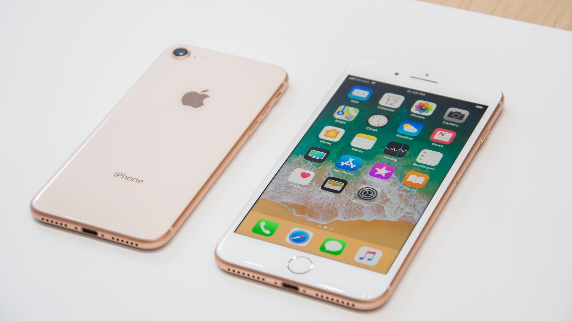 huge selection of e8382 ccb1d The Best Carphone Warehouse deals: The biggest iPhone 8 and iPhone 8 ...