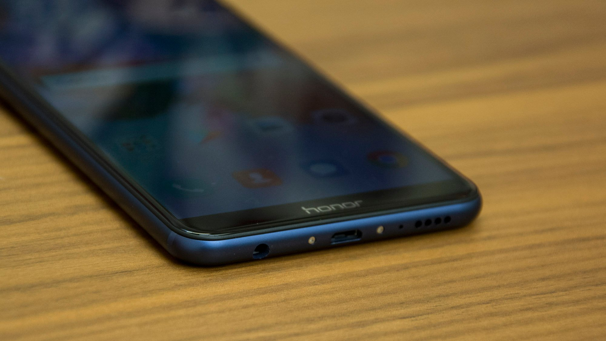 Honor 7X review: The mid-range smartphone king is now