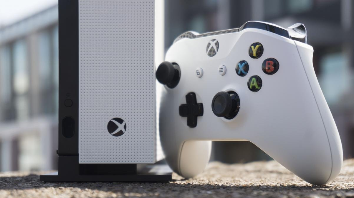 Xbox One Vs Xbox One S : Xbox one s fixes the console needs red bull games
