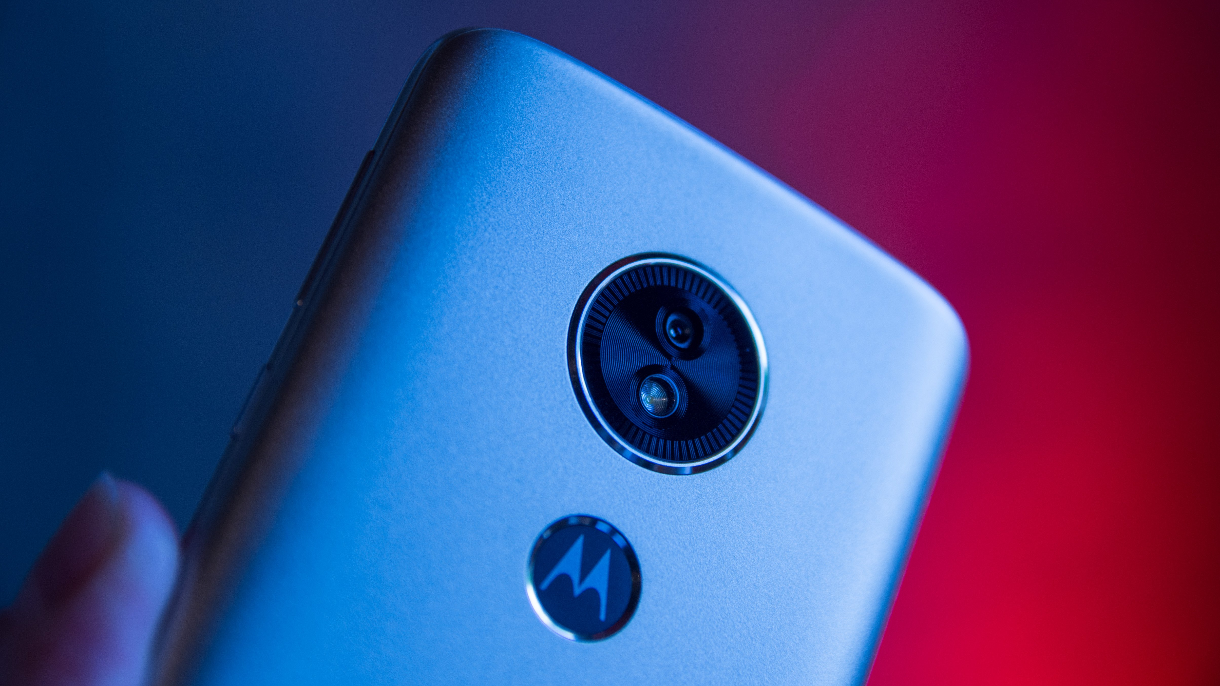 Motorola Moto E5 review: A whole lot of phone for not much