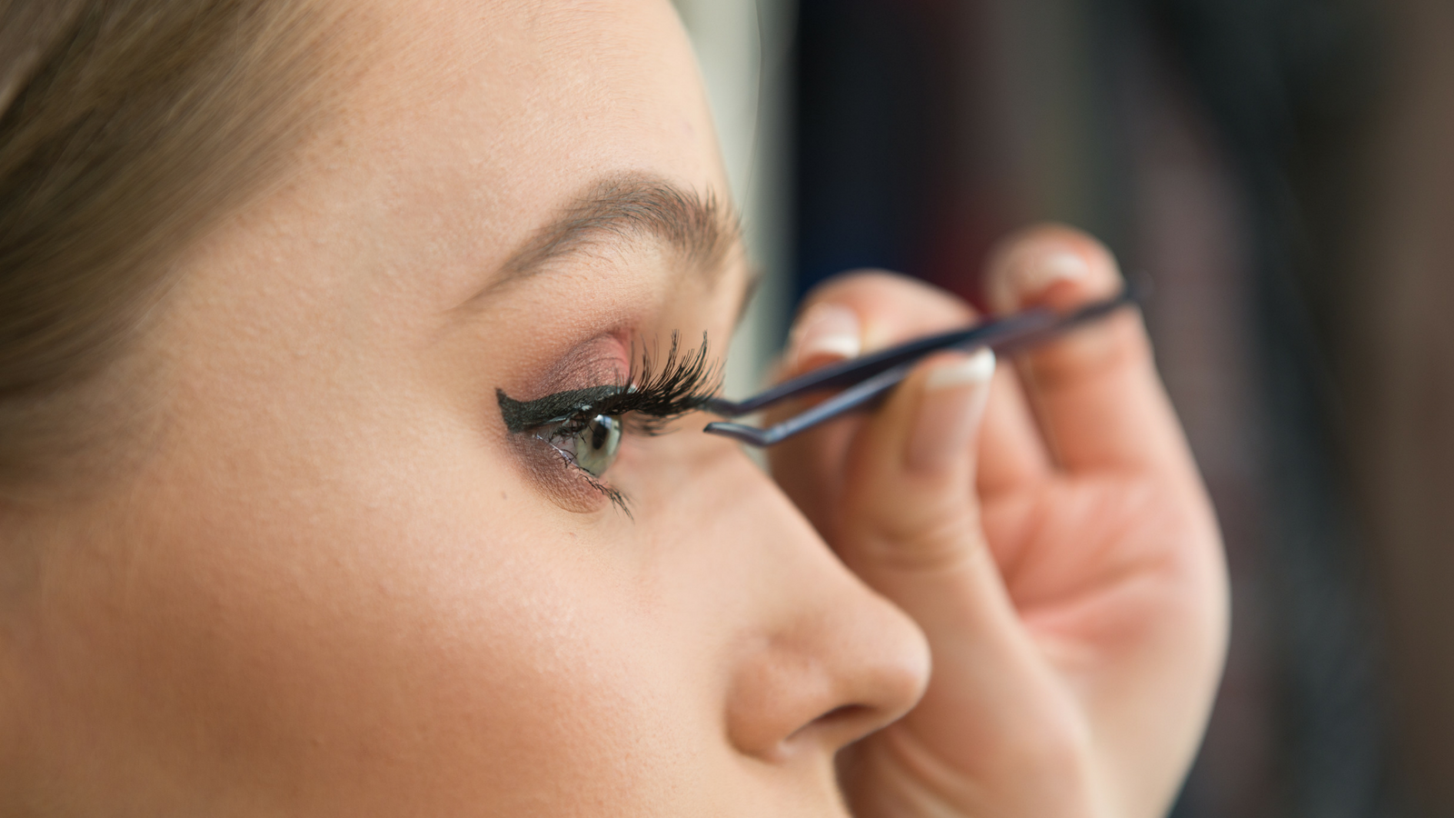 Best false eyelashes 2019: Fake a flutter with the best false
