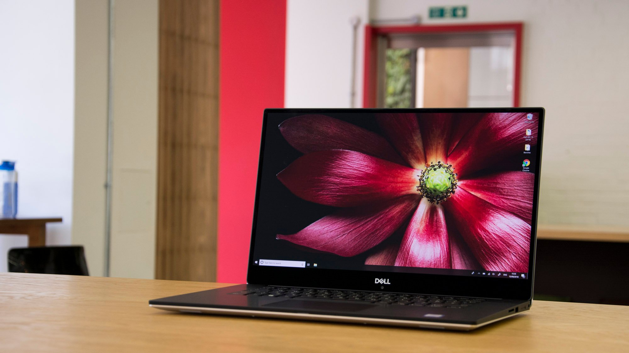 Dell Xps 15 9570 Review The 2018 Macbook Pro Beater