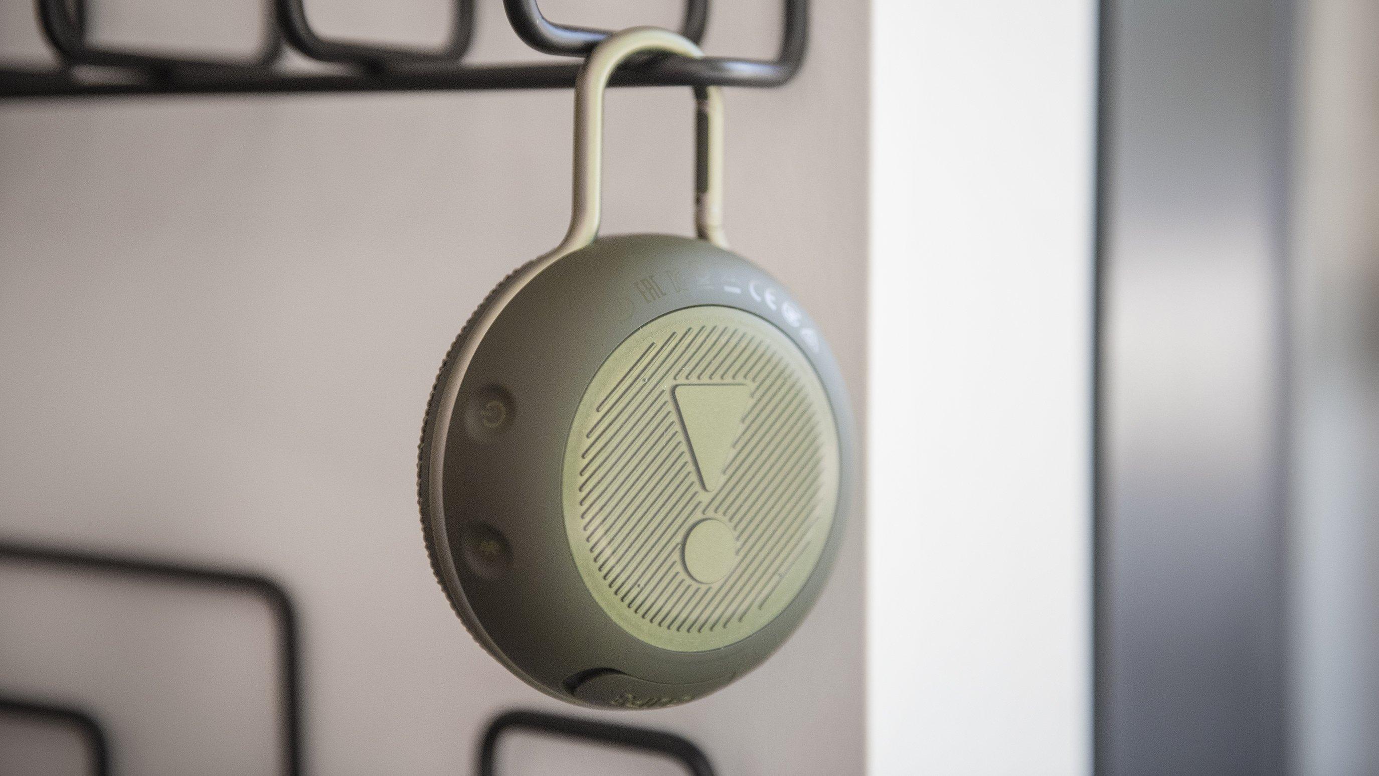 Sand JBL Clip 3 Portable Waterproof Wireless Bluetooth Speaker