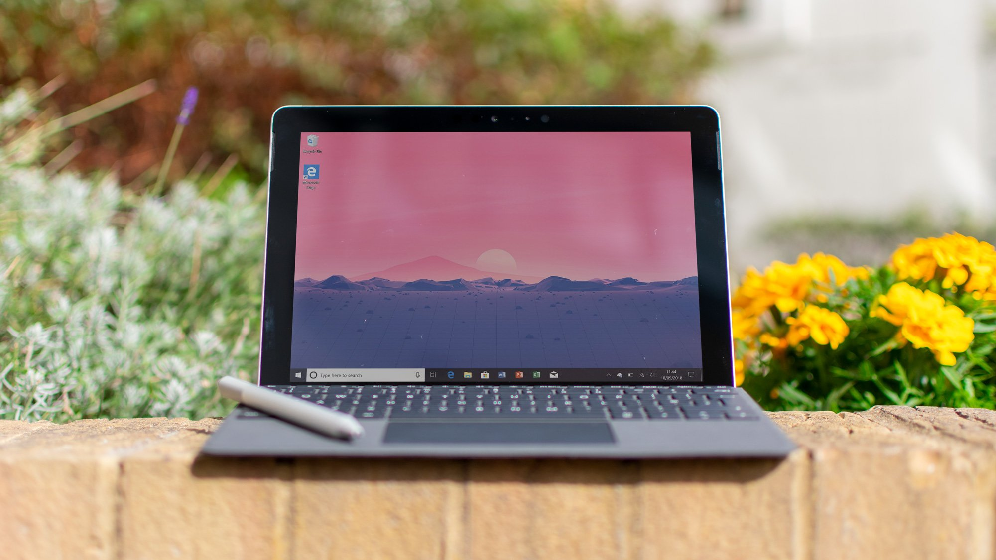 987242e9180 Microsoft Surface Go review: A different kind of Surface | Expert Reviews