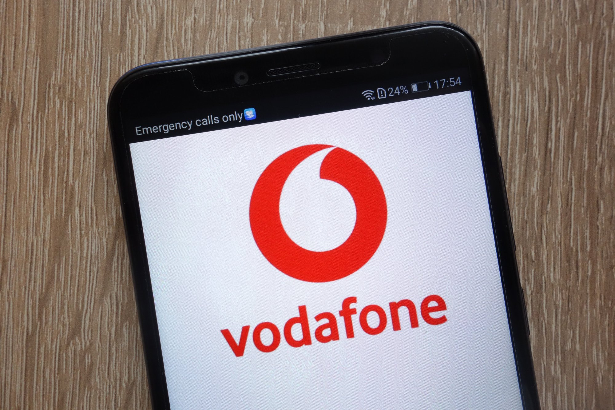 Best Vodafone Mobile Deals Pick Up A Smartphone Contract Or Sim Only Deal This Christmas Expert Reviews