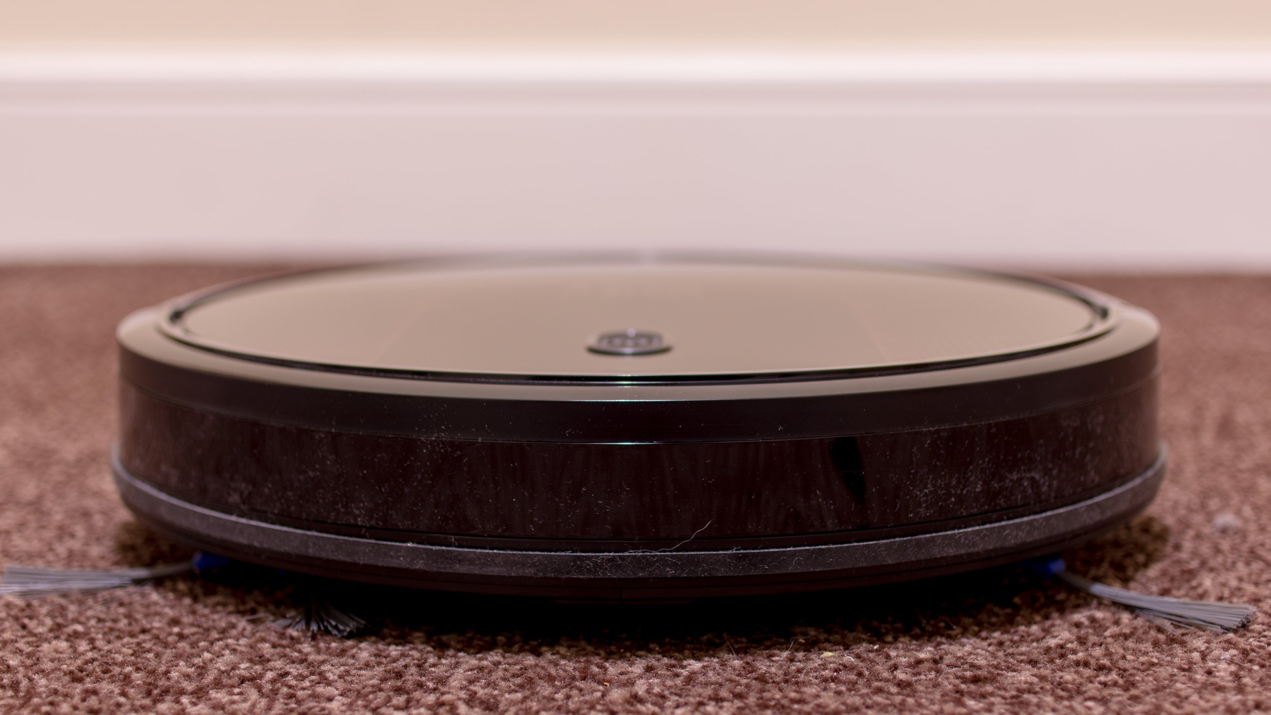 Eufy Robovac 30c Review A Powerful Vacuum At A Tempting