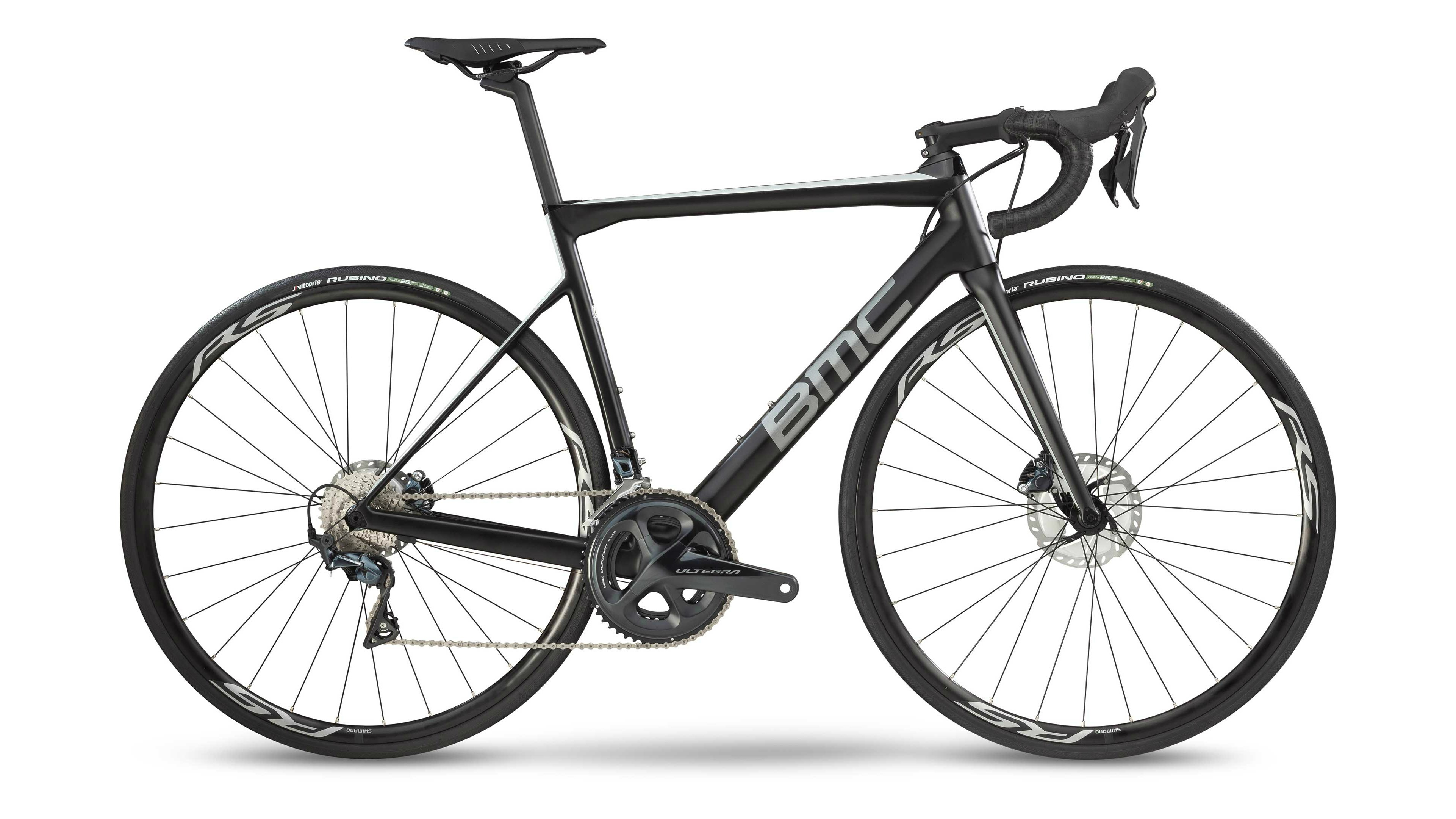 c5da55b8cfb It only takes one look at the Teammachine to discern that this is a fast  bike. With its angular looks, tapered tubes and aggressive geometry, ...