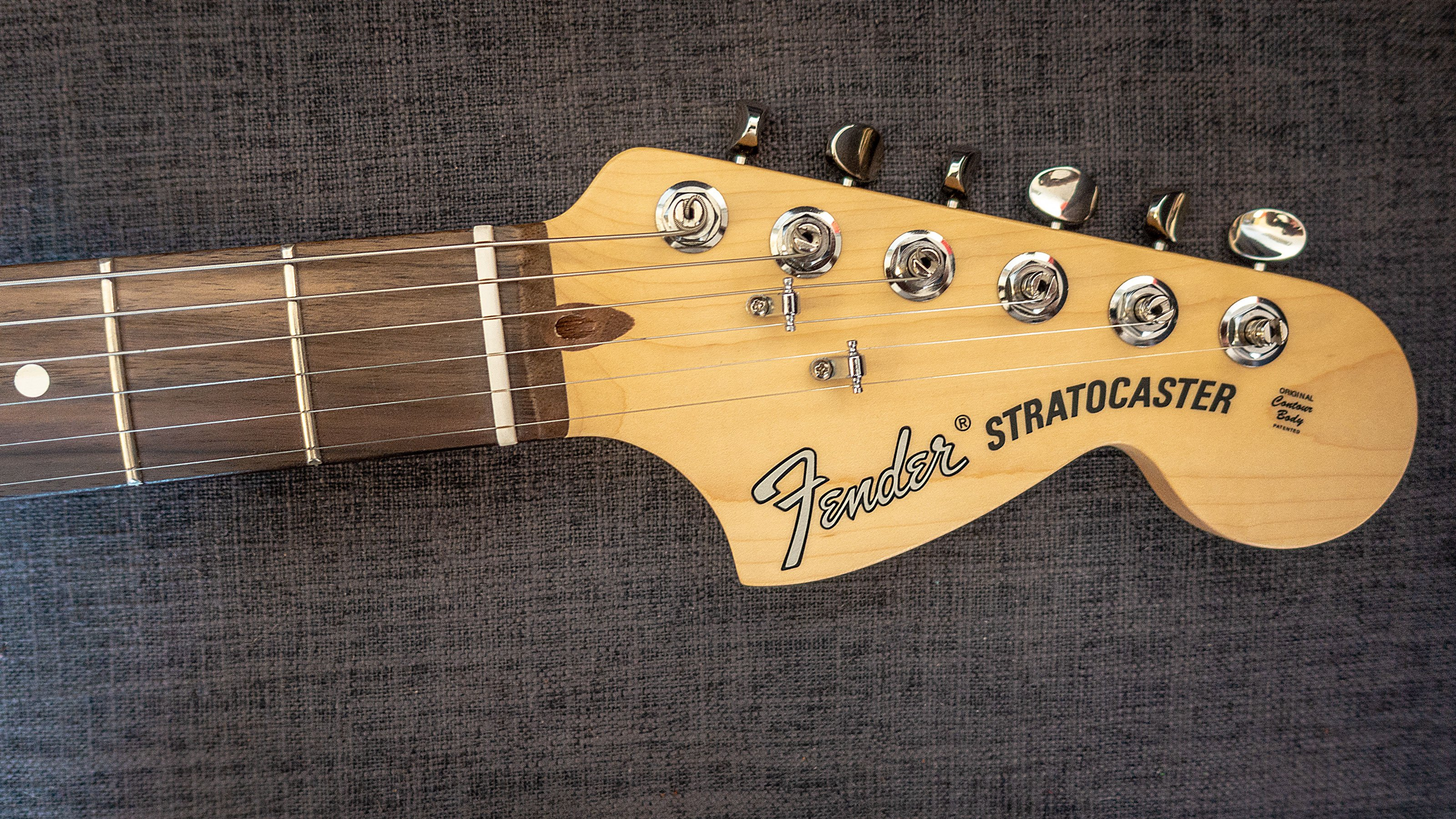Fender 2019 American Performer Stratocaster Review A